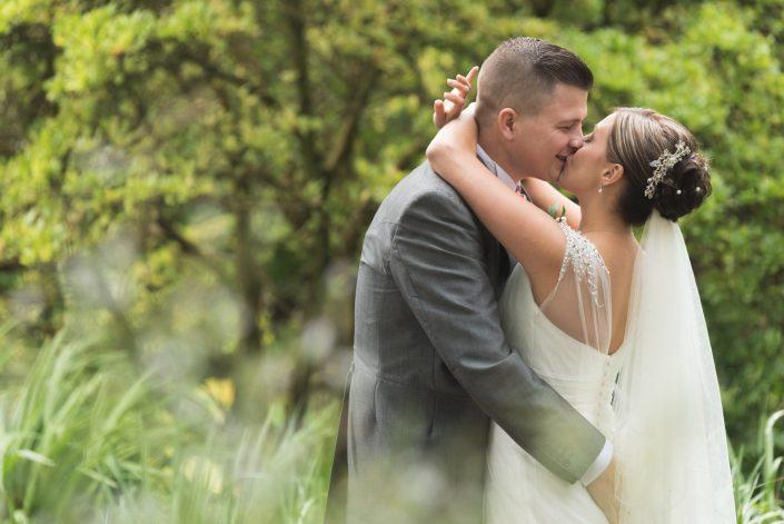 Wedding Photography at Birmingham Botanical Gardens. Wedding Photographer Dudley, Birmingham, Worcester, Telford, London. Tony Hailstone.